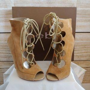 BEBE Renee Suede Lace Up Heels/Pumps/Booties SZ 6